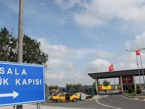 Yunanistan'daki grev Türk nakliyecileri de etkiledi