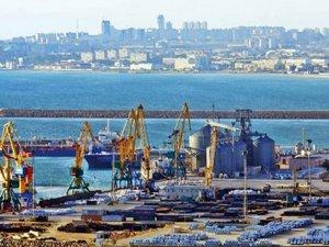 Aktau Limanı'nda Türk TIR'larına büyük indirim