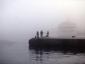 İstanbul Boğazı gemi geçişlerine kapatıldı, şehir hatları seferleri iptal