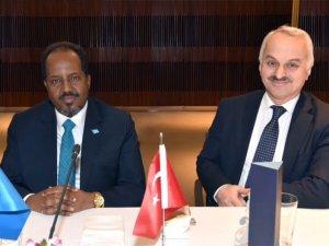 Somali Cumhurbaşkanı THY'yi ziyaret etti