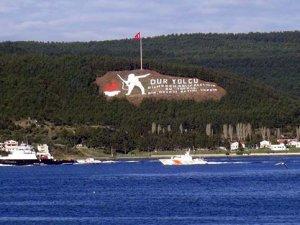 Rus donanmasına ait römorkör Çanakkale Boğazı'ndan geçti