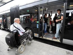 İstanbul'da engellilere ulaşım engeli