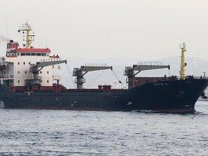 Rus kargo gemisi İstanbul Boğaz'ından geçip Marmara'ya açıldı
