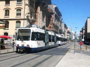 İsviçre Lozan'da tramvay hattı yapımı için onay verildi