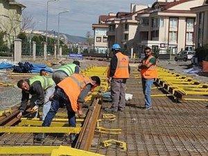 Otogar-Sekapark tramvay hattında ray montajı çalışmaları sürüyor