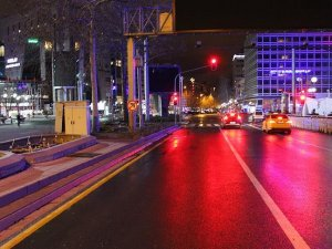 Atatürk Bulvarı araç trafiğine açıldı