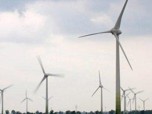 """Almanya'nın enerjisinde """"yenilenebilir""""in payı artıyor"""
