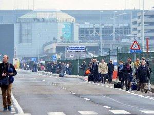 Brüksel'de metro istasyonunda da patlama meydana geldi