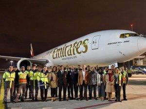 Emirates'in 777'si Sabiha Gökçen'de böyle karşılandı