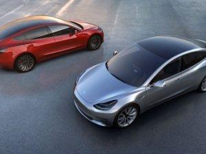 Tesla, yeni aracını tanıttı