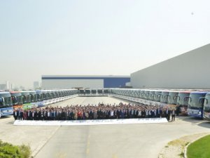 25 farklı firmaya 50 Mercedes-Benz Travego