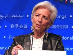 Lagarde Twitter'da Türk kullanıcının sorusunu yanıtladı