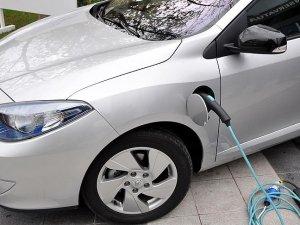 Almanya elektrikli otomobilleri 4 bin avro ile teşvik edecek