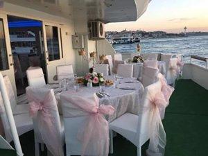 Trabzon'da yüzen restorant hizmete giriyor