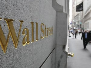 Fed, Wall Street'te bonus peşine düştü