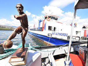 İzmir Körfezi'nde bir efsane daha! M/F Sait Altınordu Körfez ile buluştu