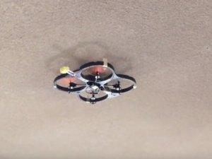 Bu Drone duvarlara yapışabiliyor