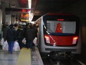 İstanbul'da metro saatleri Ramazan Ayı için uzatıldı