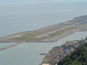 Denizdeki havalimanı ilçenin kaderini değiştirdi