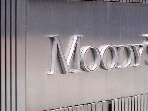 "Moody's İngiltere'nin kredi notunu ""negatif""e çekti"