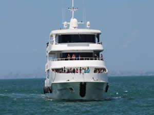 Seferihisar'dan Yunan adalarına deniz seferleri başlıyor