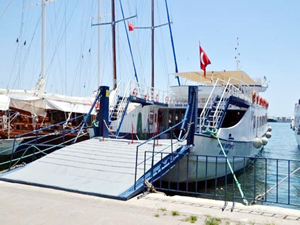 Bodrum ile Datça arasında feribot seferleri başladı