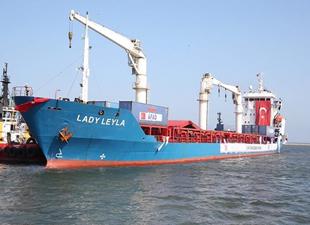 Gazze'ye yardım götüren 'Lady Leyla' Aşdot Liman'ına demir attı