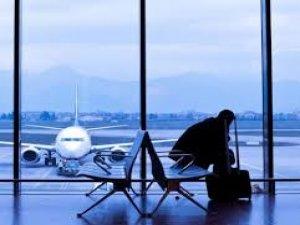 Sefer 28 saat rötar yaptı yolcular öfkelendi