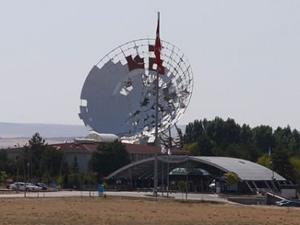 Darbecilerin iletişim kaosunu Türksat teknikeri engelledi