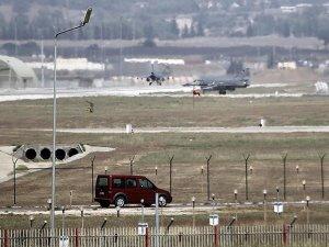 Adana'daki İncirlik 10'uncu Tanker Üs Komutanlığı'nda operasyon