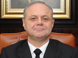 Bülent Bostanoğlu, cuntacı amirallere rağmen donanmayı darbe girişiminin dışında tuttu