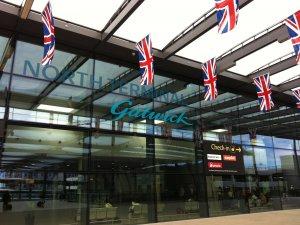 Gatwick Havalimanı'nda yangın paniği