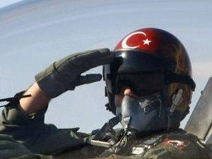 Eski savaş pilotları göreve hazır