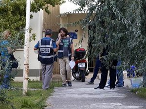 Petkim'e yapılan operasyonda 16 kişi daha gözaltına alındı