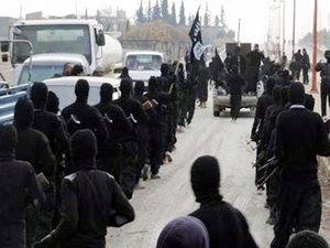 IŞİD Dicle nehrine petrol pompalıyor!