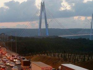 Yavuz Sultan Selim Köprüsü'ne vatandaşlar yoğun ilgi gösterdi