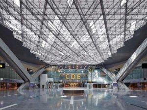 Katar'da yolculara vergi şoku