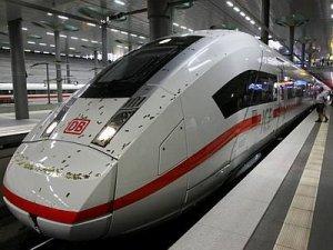 Almanya'nın yeni hızlı treni ICE 4 tanıtıldı