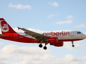 Air Berlin bin kişiyi işten çıkaracak