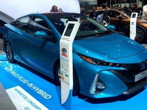 Paris Otomobil Fuarı'na elektrikli araçlar damgasını vurdu