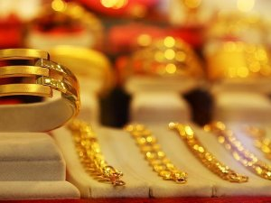 Altın yükselişe geçti