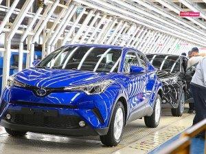 Toyota Türkiye'nin ilk hibrit ve crossover aracını banttan indirdi