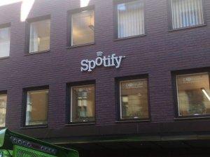 Spotify, SSD'lere aşırı yükleniyor