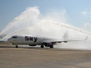 Sky Airlines iç hat uçuşlarına başladı