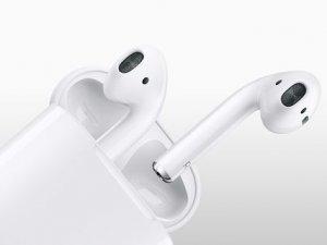 Apple'ın kulaklığı da güncelleme aldı!