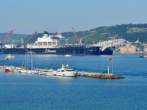 Türk Akımı için gelen dev gemi, Çanakkale Boğazı'ndan geçti