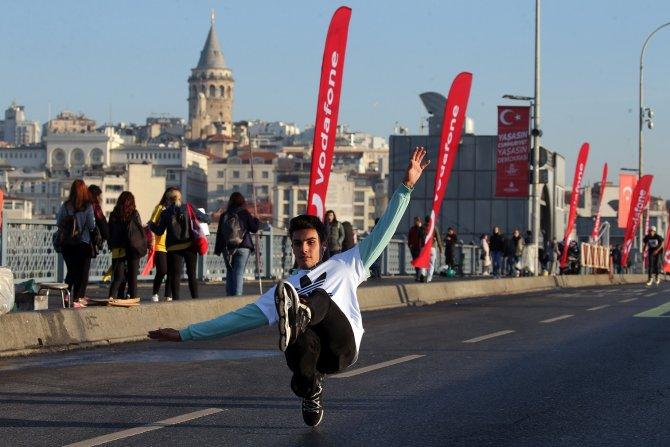 1581579398_vodafone_15.___stanbul_yar___maratonu__3_.jpg