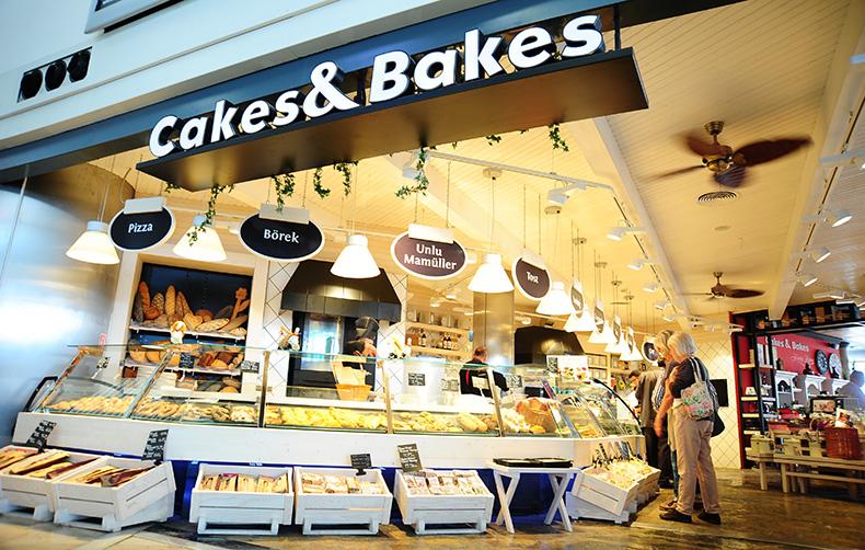 cakesbakes3.jpg