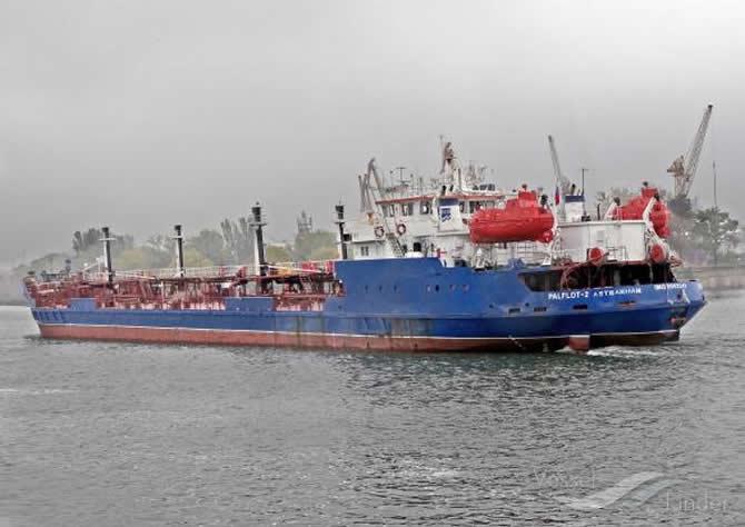 rus_tanker-001.jpg